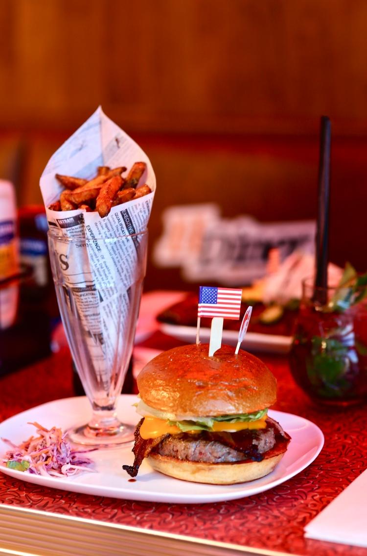 HDiner-geneve-american-diner-burger.jpeg