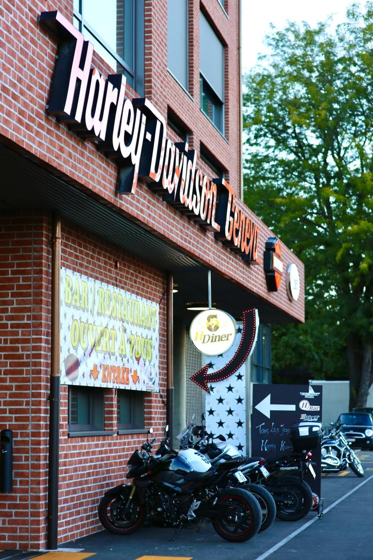HDiner-geneve-american-diner-entrance.jpeg