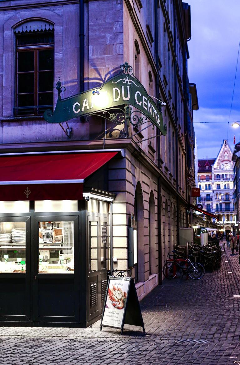 caféducentre-restaurant-geneve-exterieur.JPG